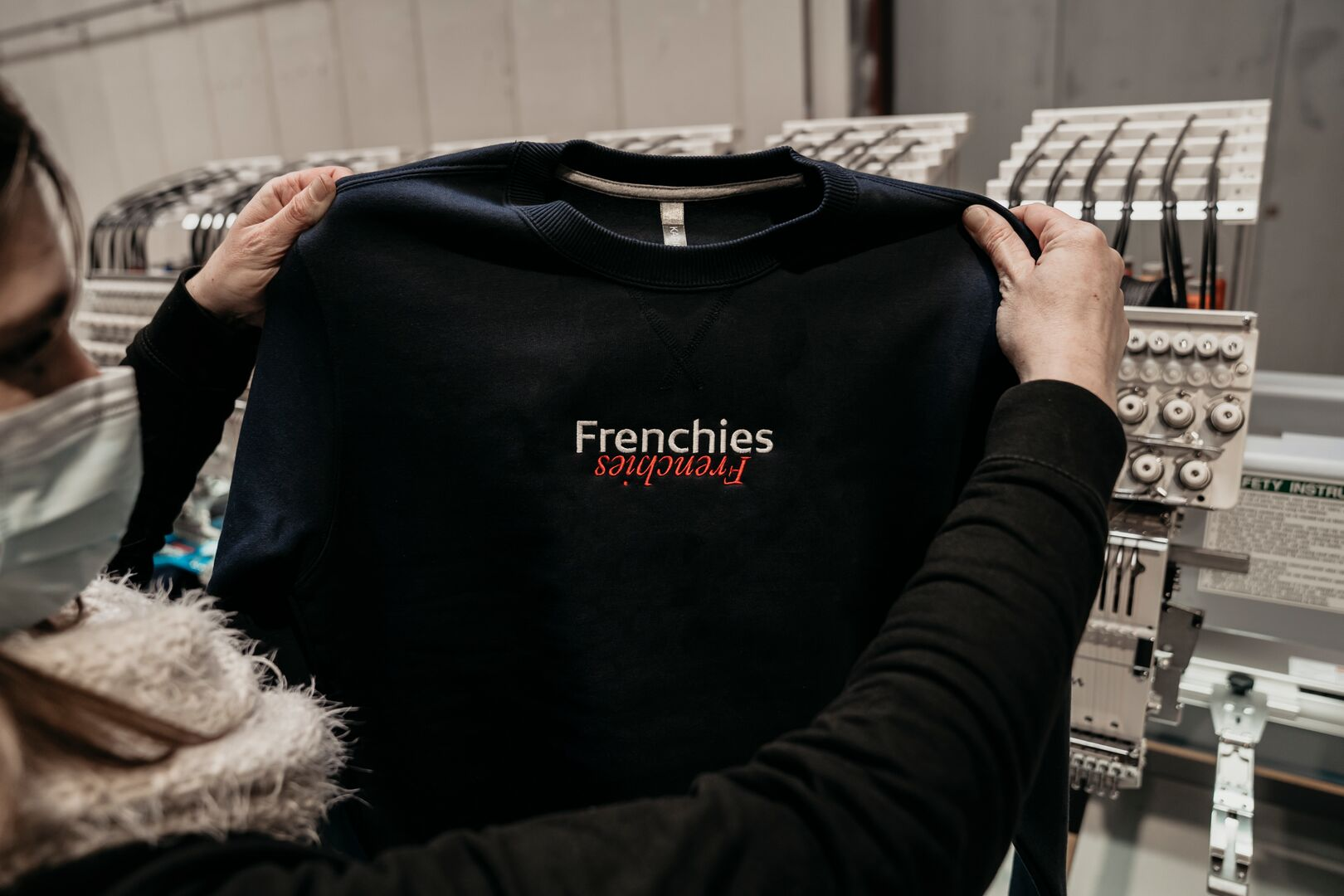 https://assets.main-gauche.com/m/72da870970710a71/web_image-frenchies-sweat-brode.jpg